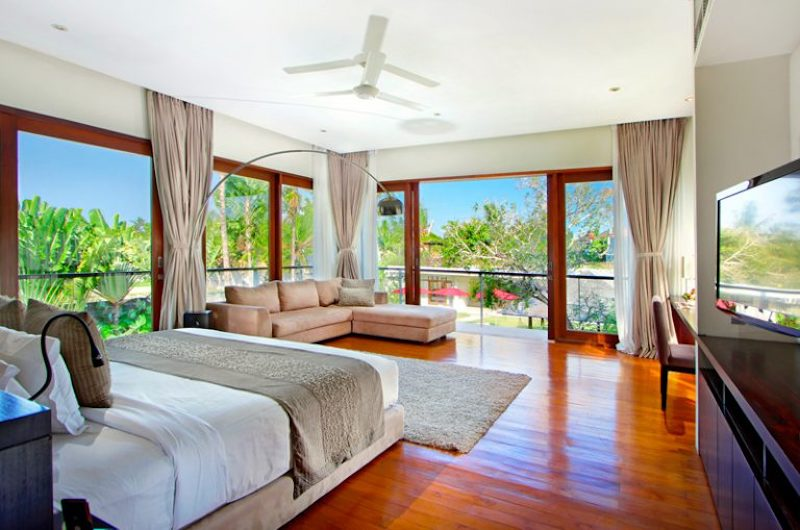 Bedroom with Garden View - Villa Kalyani - Canggu, Bali
