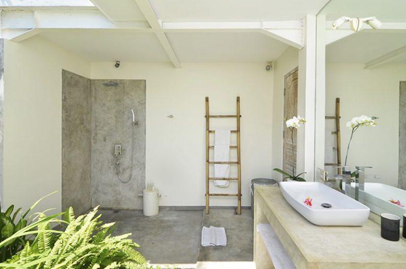 En-Suite Bathroom - Villa Kami - Canggu, Bali