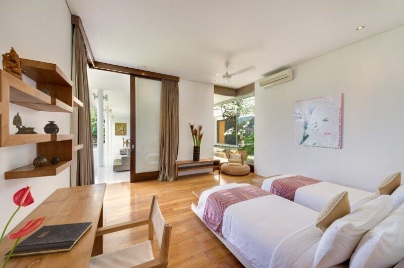 Twin Bedroom - Villa Kavya - Canggu, Bali