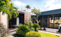 Outdoor Area - Villa Kayajiwa - Canggu, Bali