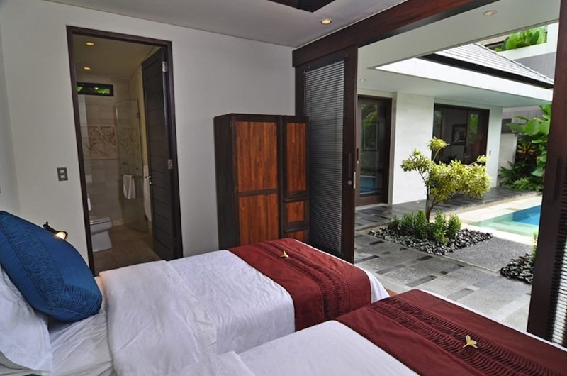 Twin Bedroom with Pool View - Villa Kejora 10 - Sanur, Bali