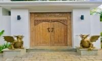 Entrance - Villa Khaleesi - Seminyak, Bali