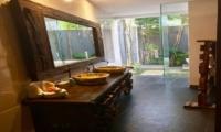 His and Hers Bathroom - Villa Khaleesi - Seminyak, Bali