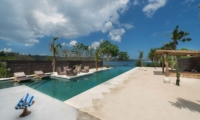 Swimming Pool with Sea View - Villa Kingfisher - Nusa Lembongan, Bali