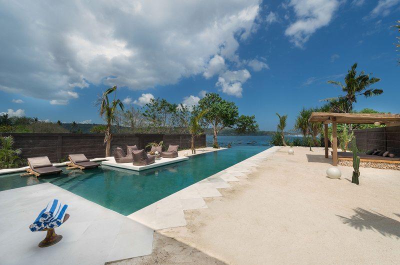 Swimming Pool with Sea View - Villa Kingfisher - Nusa Lembongan, Bali
