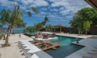 Sun Loungers - Villa Kingfisher - Nusa Lembongan, Bali