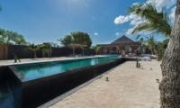 Pool Side - Villa Kingfisher - Nusa Lembongan, Bali