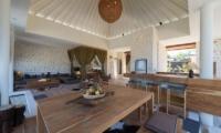 Dining Area - Villa Kingfisher - Nusa Lembongan, Bali