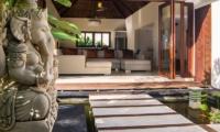 Pathway - Villa Kirgeo - Canggu, Bali