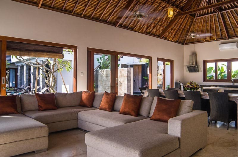 Living and Dining Area - Villa Kirgeo - Canggu, Bali