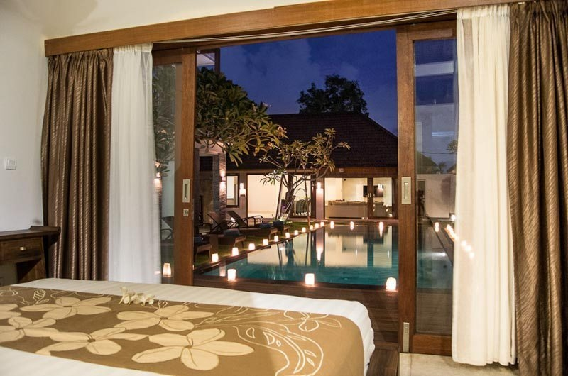 Bedroom with Pool View - Villa Kirgeo - Canggu, Bali