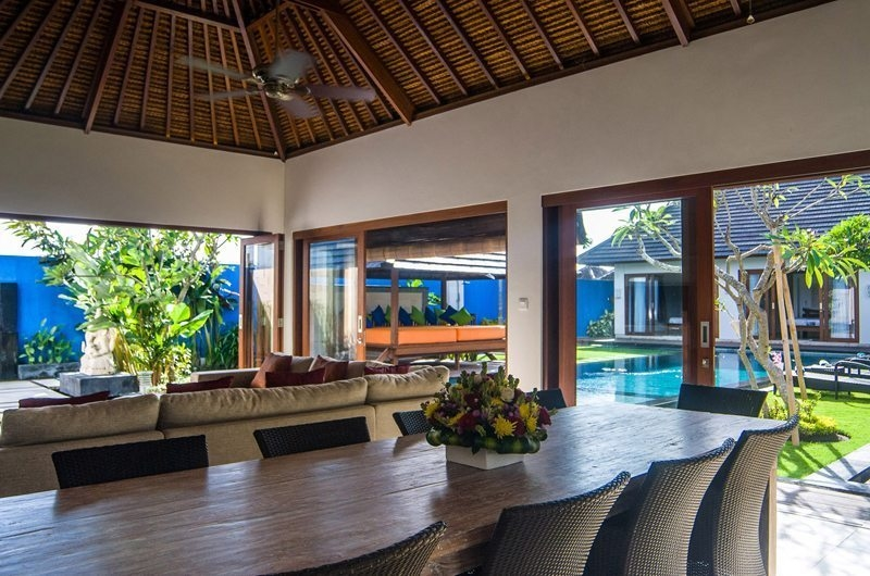 Dining with Pool View - Villa Kirgeo - Canggu, Bali