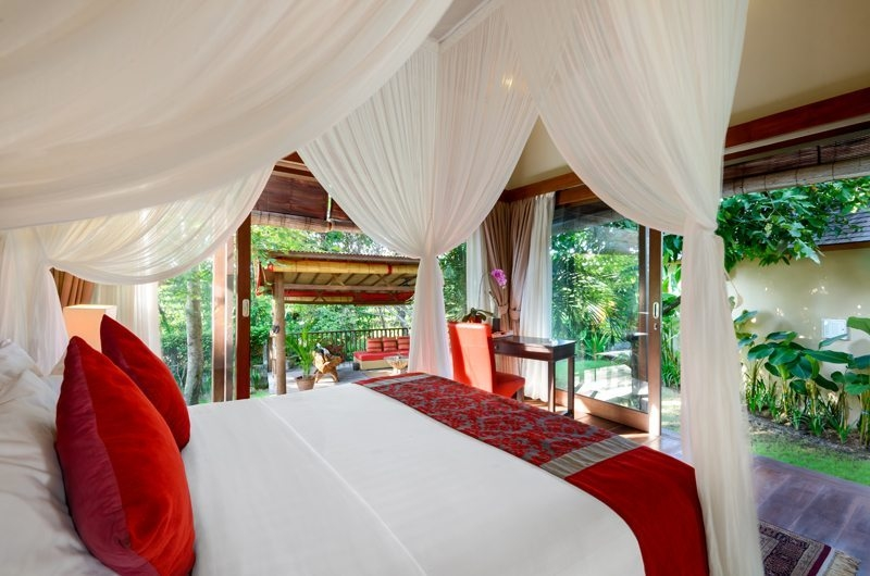 Bedroom with Garden View - Villa Kubu Bidadari - Canggu, Bali
