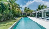 Pool Side - Villa Ladacha - Canggu, Bali