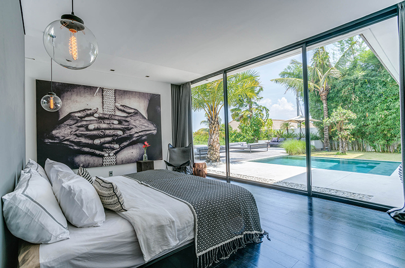Bedroom with Pool View - Villa Ladacha - Canggu, Bali
