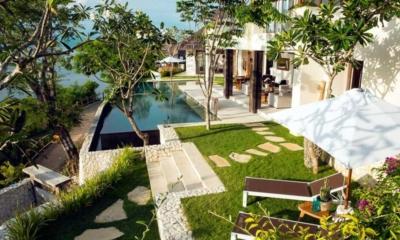 Gardens and Pool - Villa Lago - Nusa Lembongan, Bali