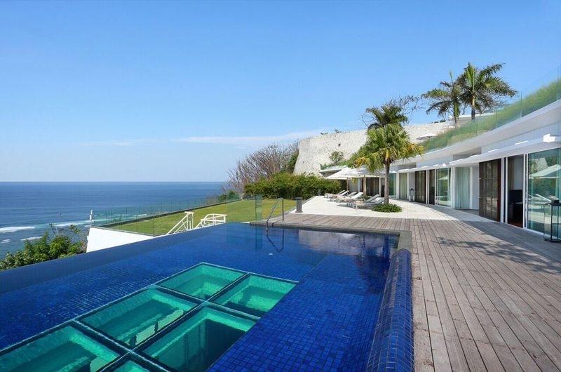 Pool - Villa Latitude Bali - Uluwatu, Bali