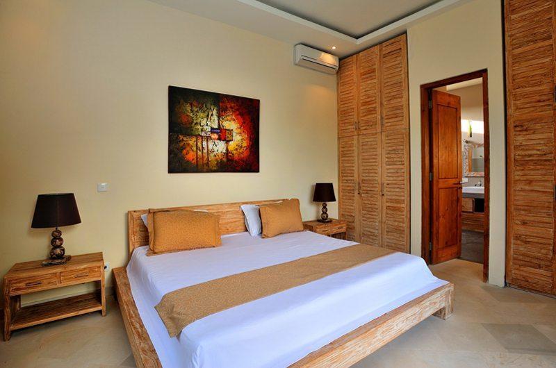 Bedroom with Table Lamps - Villa Lea - Umalas, Bali