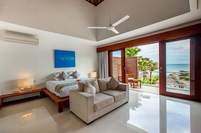 Bedroom with Sea View - Villa Lucia - Candidasa, Bali