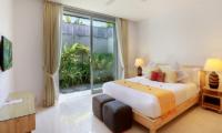 Bedroom with Table Lamps - Villa Luna Aramanis - Seminyak, Bali