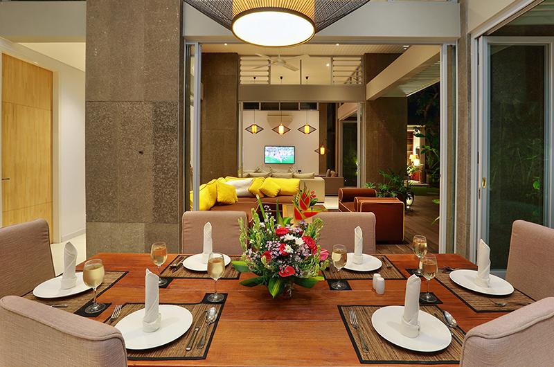 Dining Area - Villa Luna Aramanis - Seminyak, Bali
