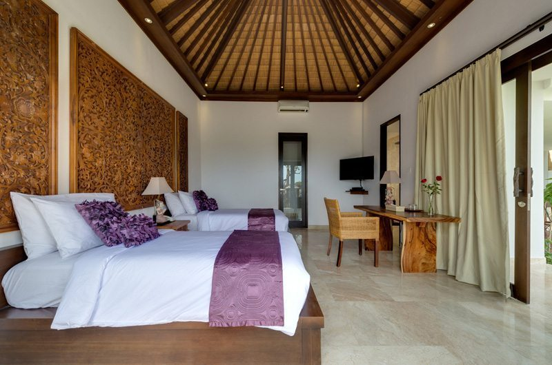 Twin Bedroom with Study Table - Villa Luwih - Canggu, Bali