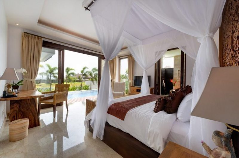 Bedroom with Pool View - Villa Luwih - Canggu, Bali