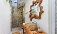 Bathroom with Mirror - Villa Madura - Seminyak, Bali