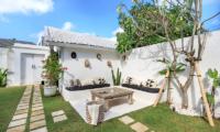 Outdoor Seating Area - Villa Madura - Seminyak, Bali