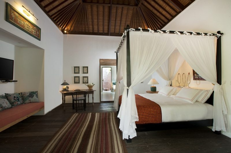 Four Poster Bed - Villa Mamoune - Umalas, Bali