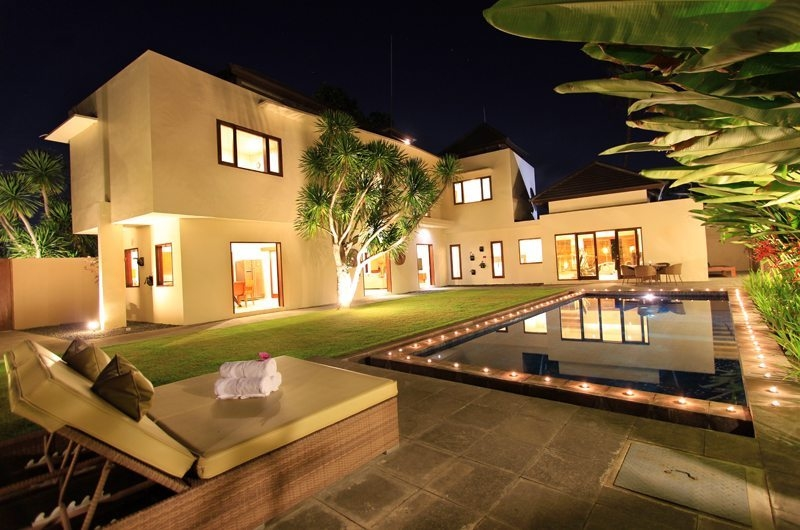Outdoor Area at Night - Villa Mandala Sanur - Sanur, Bali