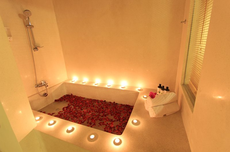 Bathtub with Rose Petals - Villa Mandala Sanur - Sanur, Bali