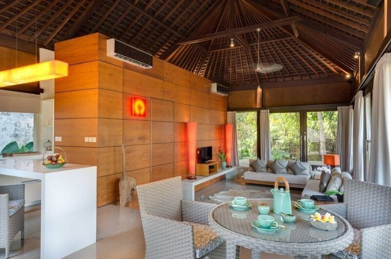 Living and Dining Area - Villa Mata Air - Canggu, Bali