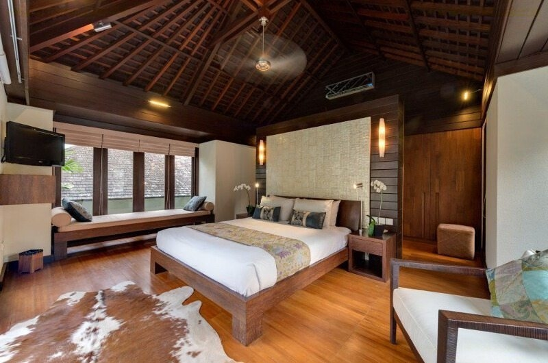 Bedroom with Seating Area - Villa Mata Air - Canggu, Bali