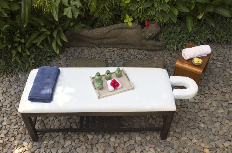 Outdoor Spa - Villa Mata Air - Canggu, Bali