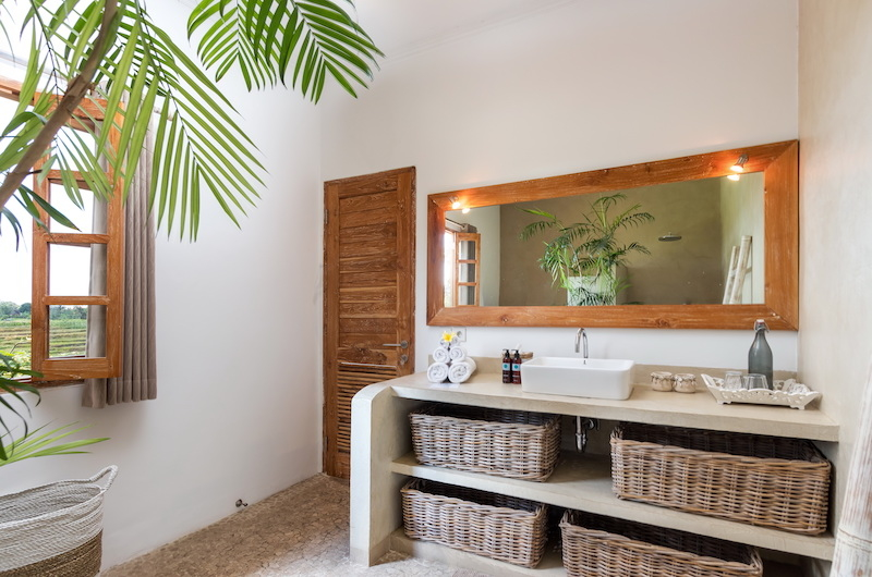 Bathroom with View - Villa Maya Canggu - Canggu, Bali