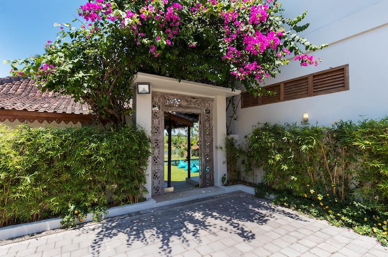 Entrance - Villa Maya Canggu - Canggu, Bali