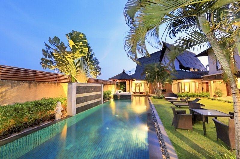 Sun Loungers - Villa M Bali Seminyak - Seminyak, Bali