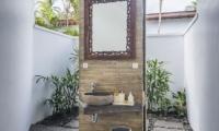 Bathroom with Mirror - Villa Melaya - Gilimanuk, Bali