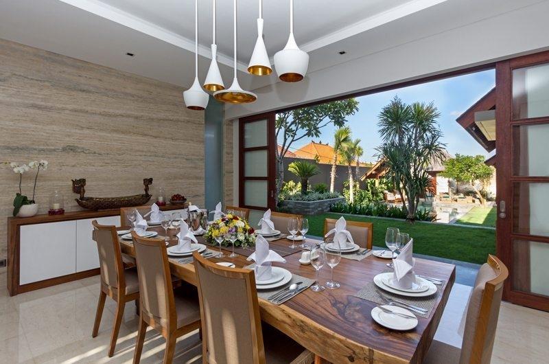 Dining Area with Garden View - Villa Meliya - Umalas, Bali