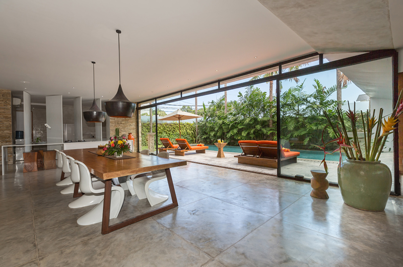 Dining Area with Pool View - Villa Mikayla - Canggu, Bali