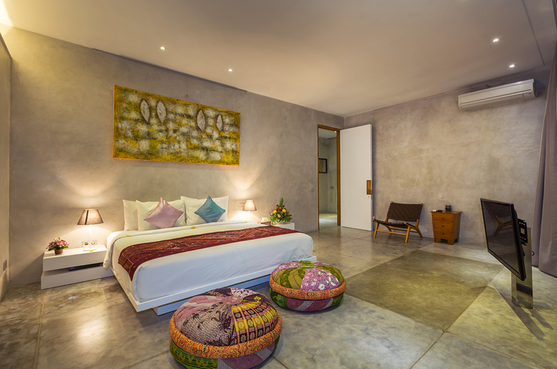Spacious Bedroom with TV - Villa Mikayla - Canggu, Bali