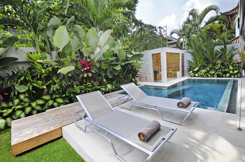 Sun Beds - Villa Minggu - Seminyak, Bali