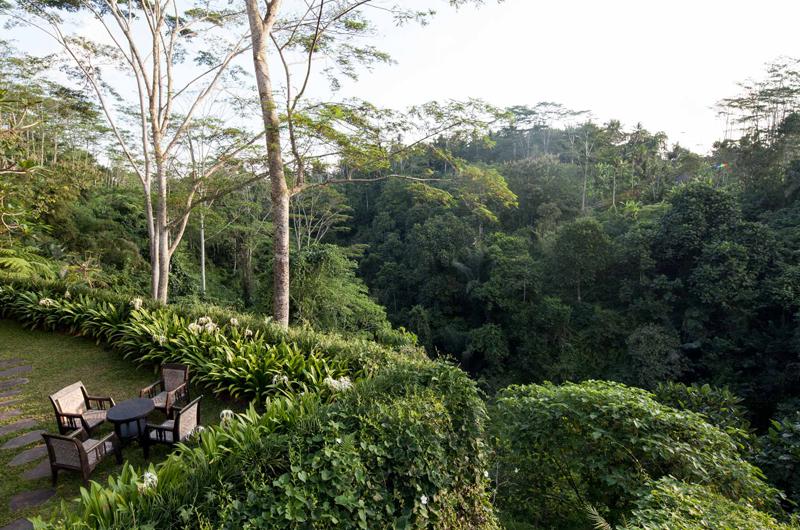 Outdoor Seating Area - Villa Naga Putih - Ubud, Bali