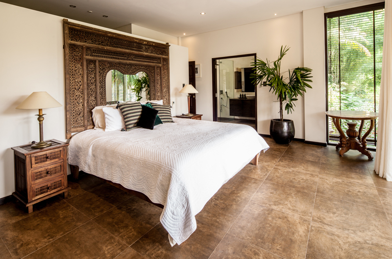 Spacious Bedroom - Villa Naga Putih - Ubud, Bali