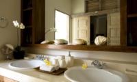 His and Hers Bathroom - Villa Nalina - Seminyak, Bali