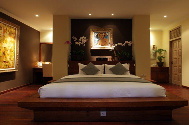 King Size Bed - Villa Nalina - Seminyak, Bali