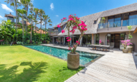 Pool Side - Villa Nehal - Umalas, Bali