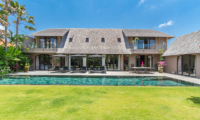 Gardens and Pool - Villa Nehal - Umalas, Bali