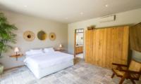 Bedroom with Seating Area - Villa Nehal - Umalas, Bali